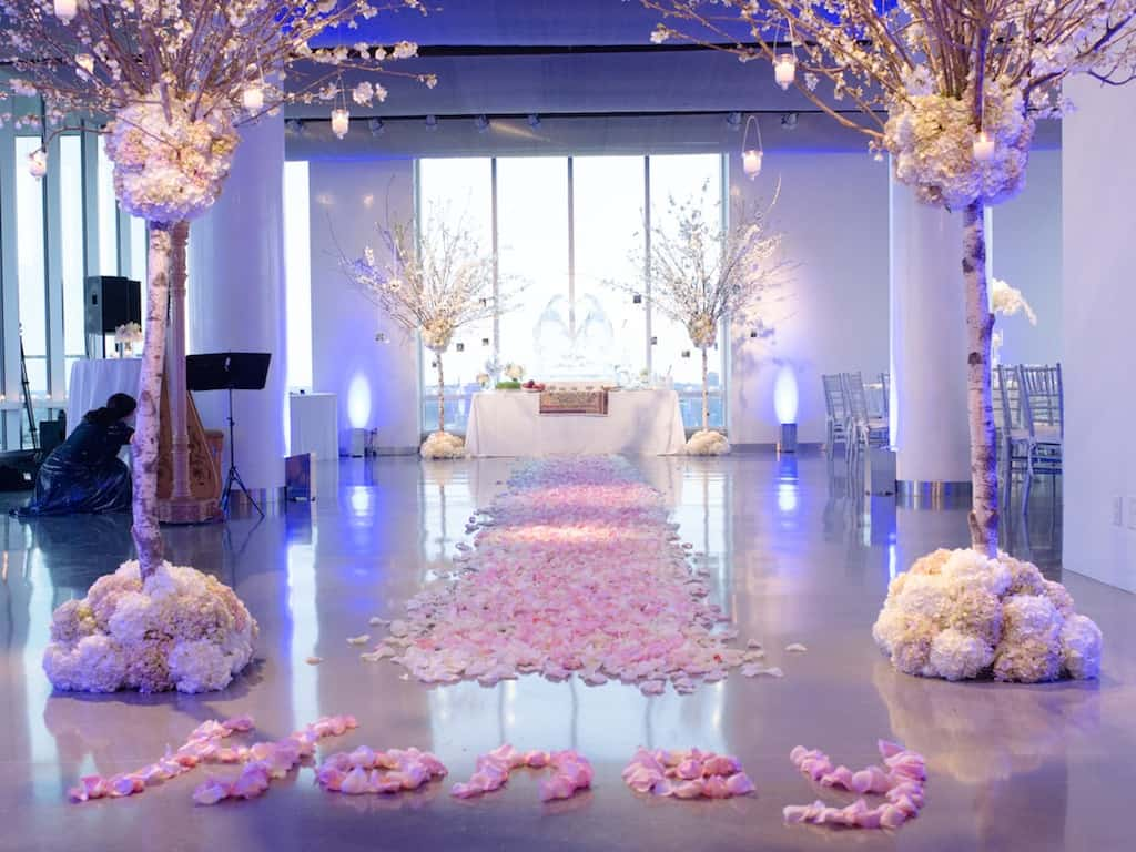 Marriage proposal and romantic event planners the heart for Engagement decorations ideas at home