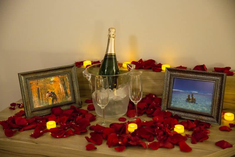 romantic-room-makeover-4-e1490331066369.jpg
