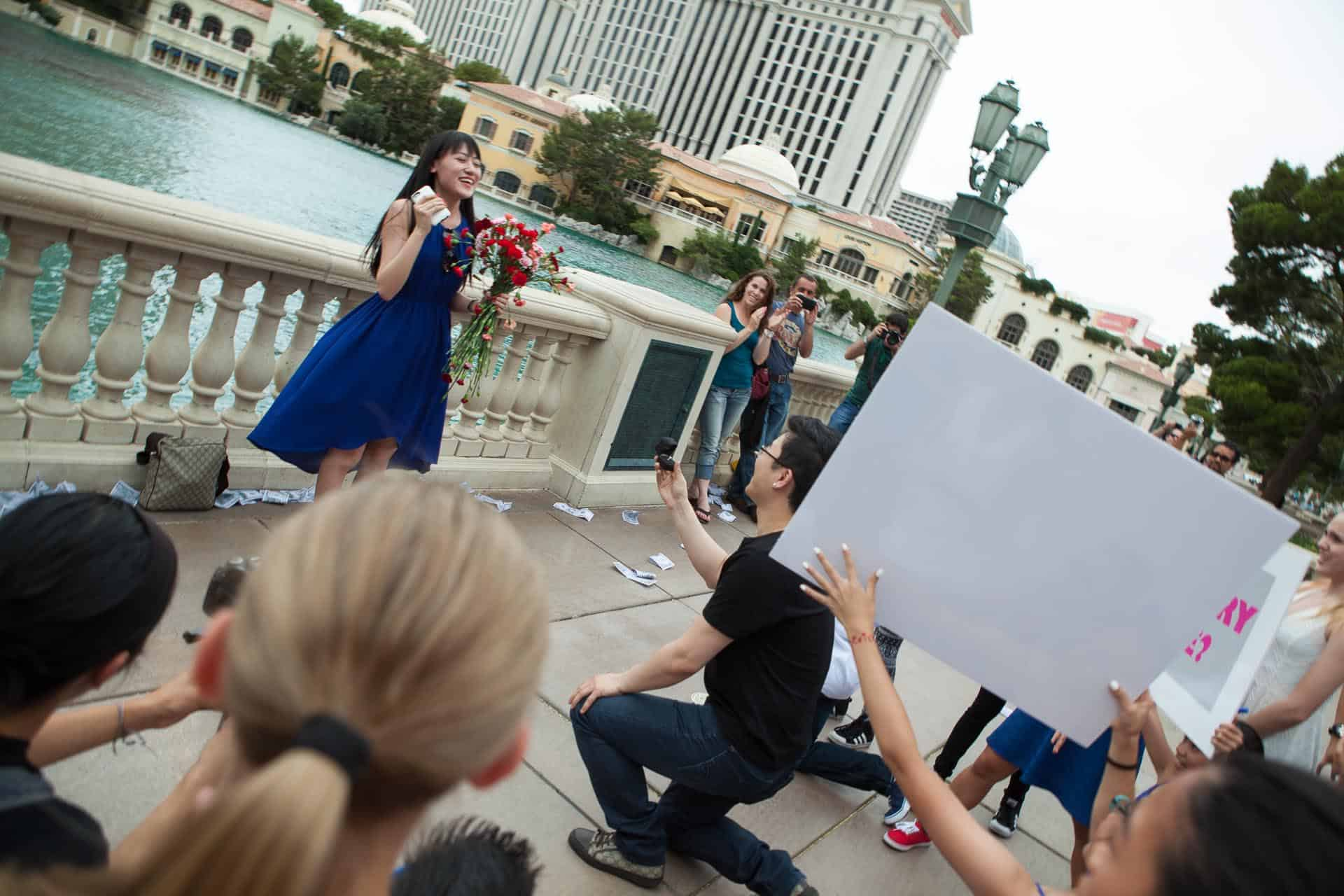 flash-mob-las-vegas-proposal-idea-12.jpg