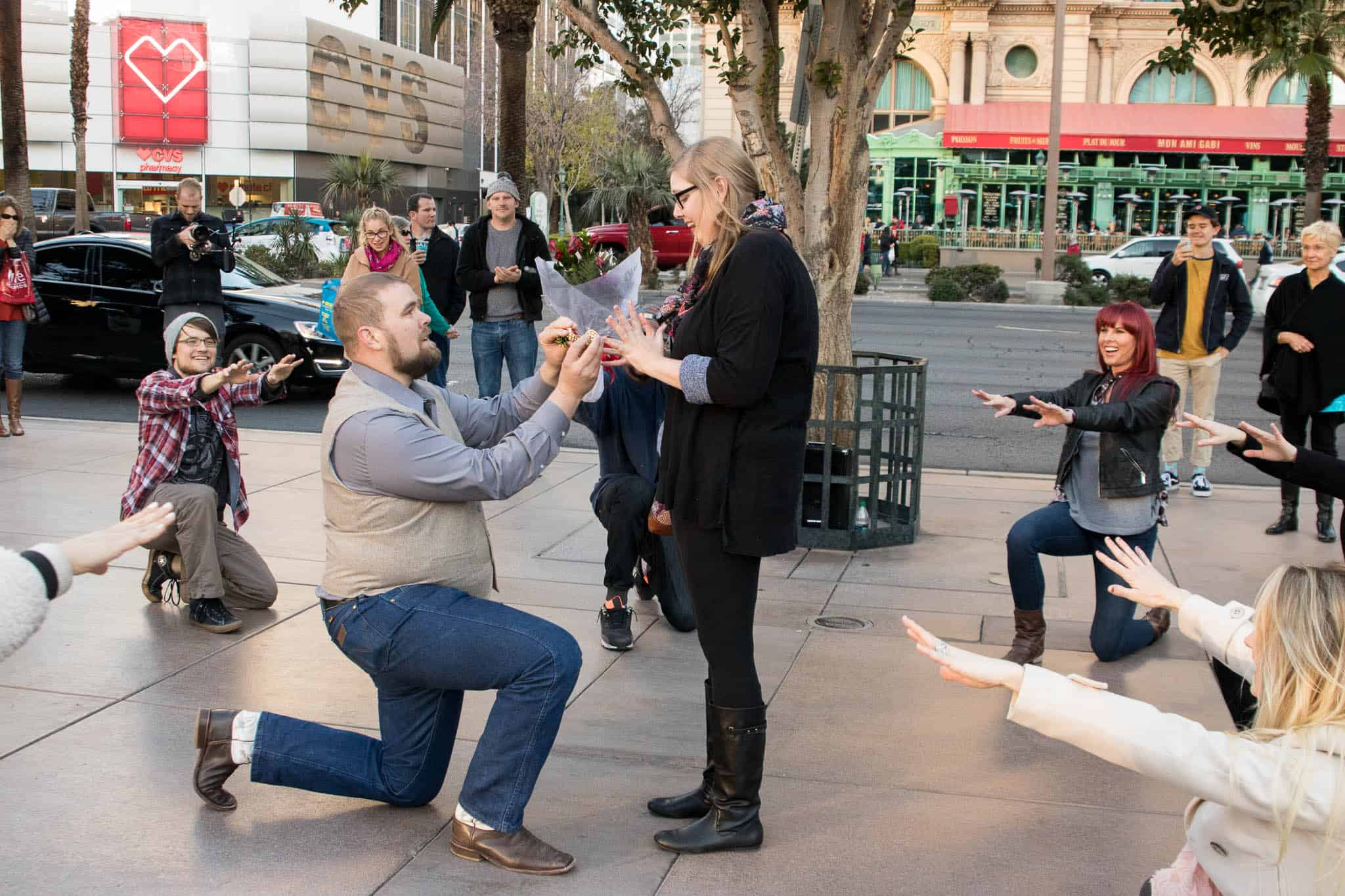 flash-mob-las-vegas-proposal-idea-4.jpg